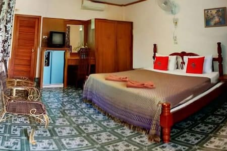 bungalow with large big bed