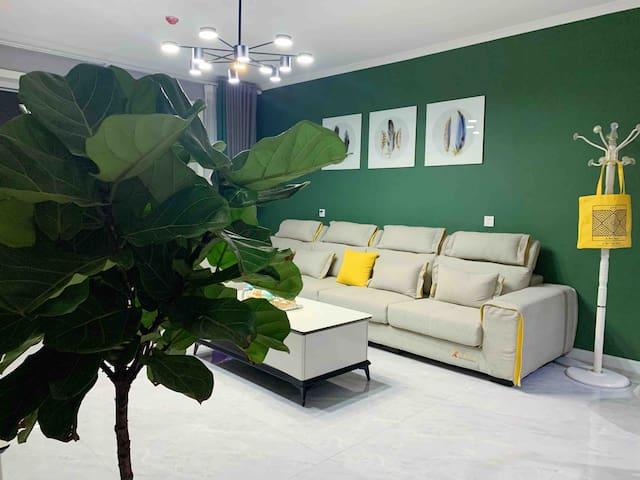 孔雀河观景,新房三居室~