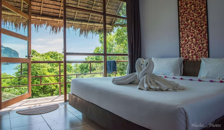 Charming Bungalow with Phi Phi Stunning View