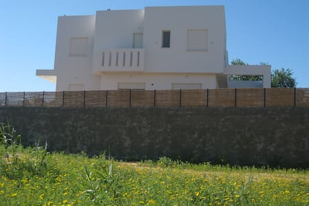 Modern, Nice and Comfortable House - Even Yehuda