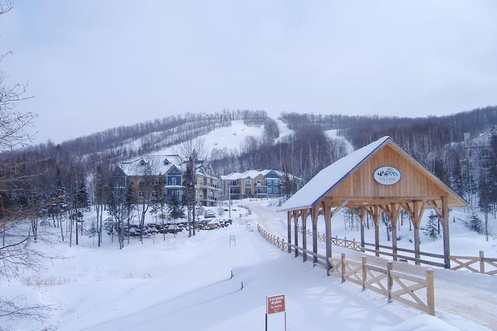 Charmant Condo au Village Mont Blanc ski in/out