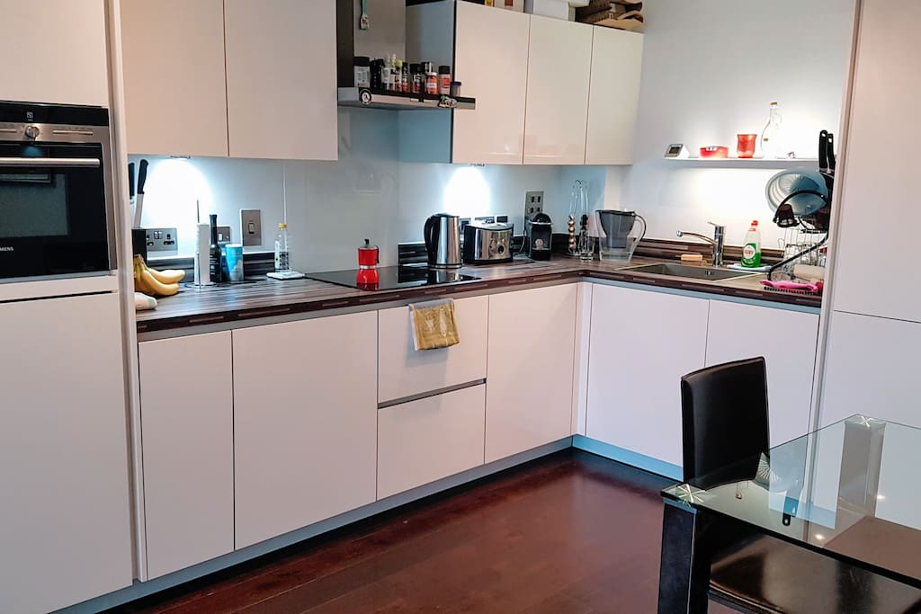 Fully equipped Kitchen including coffee machine and microwave