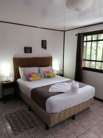 Double Room Aracari Garden Hostel