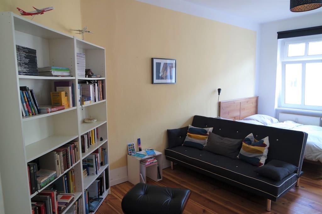 Die Sitzecke mit Blick aufs Sofa