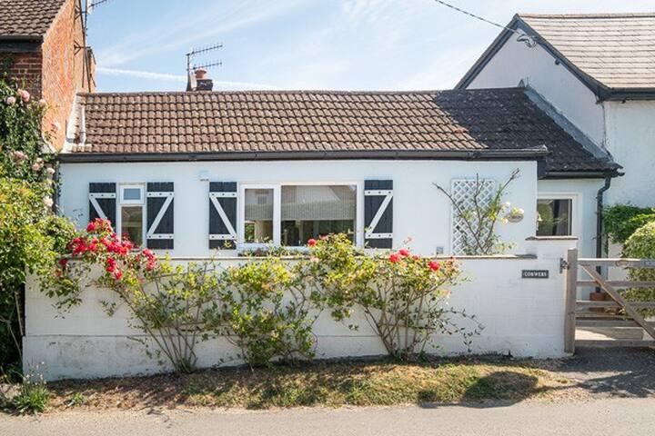 Ogbourne Cottage