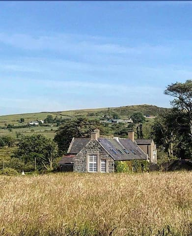 The Old Schoolhouse basking in the summer sunshine