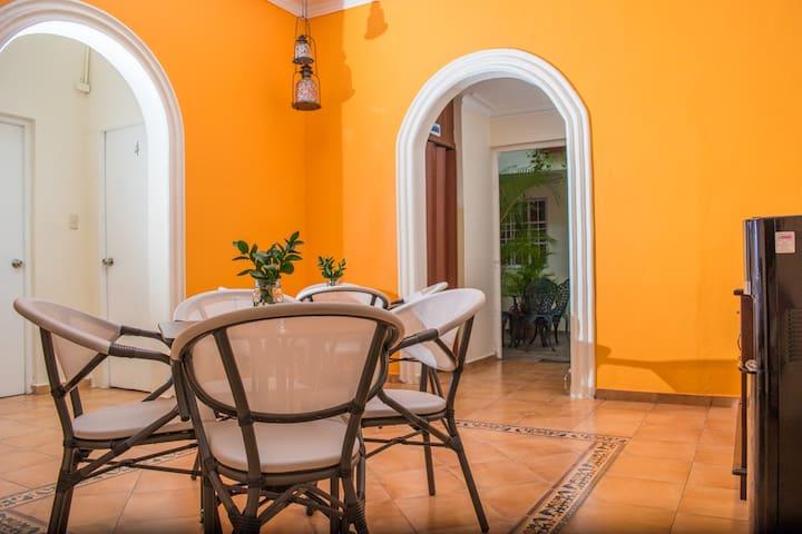 Villa Lynda B & B, Habitación Superior en Gazcue - Santo Domingo - Bed & Breakfast