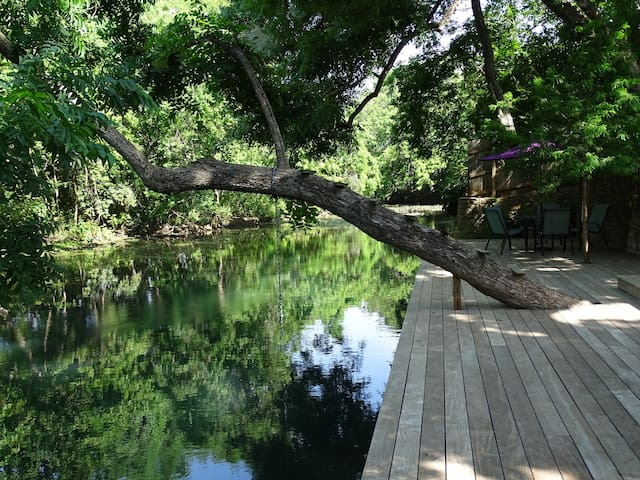 San Marcos River Retreat