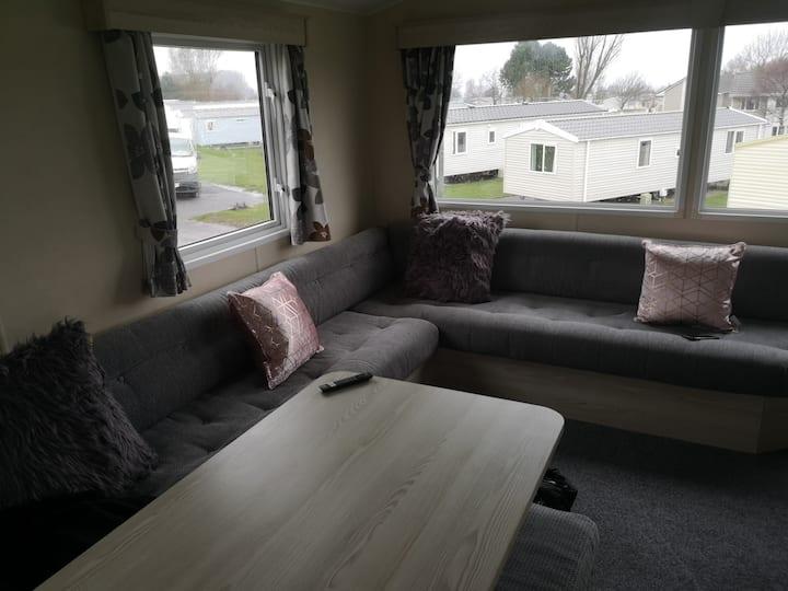 Craig Tara - 3 Bedroom Deluxe Caravan