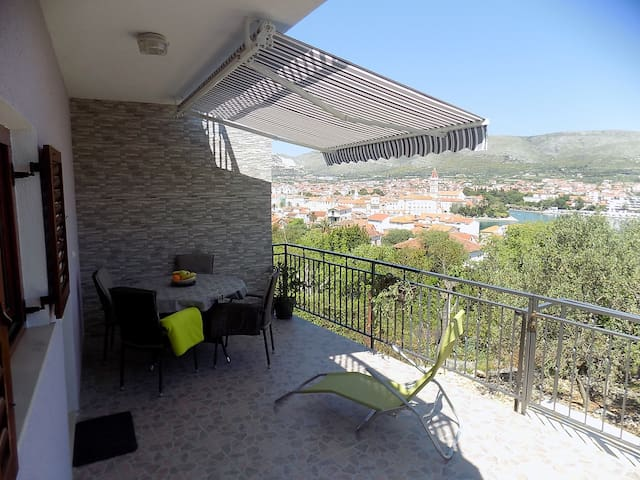 "Apartman Balan 2 @ "" Beautiful panorama "" - Trogir"