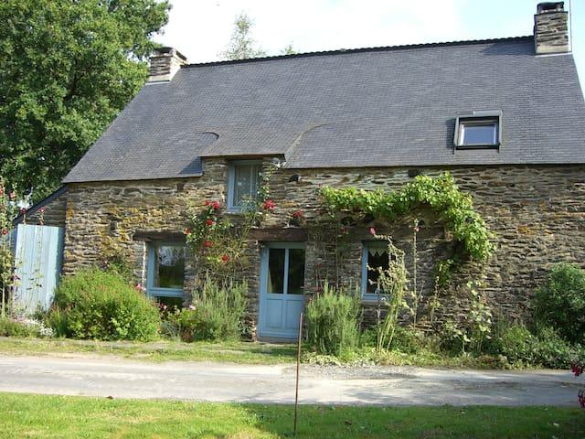 Le charme d'une fermette bretonne - Tréal - Hus