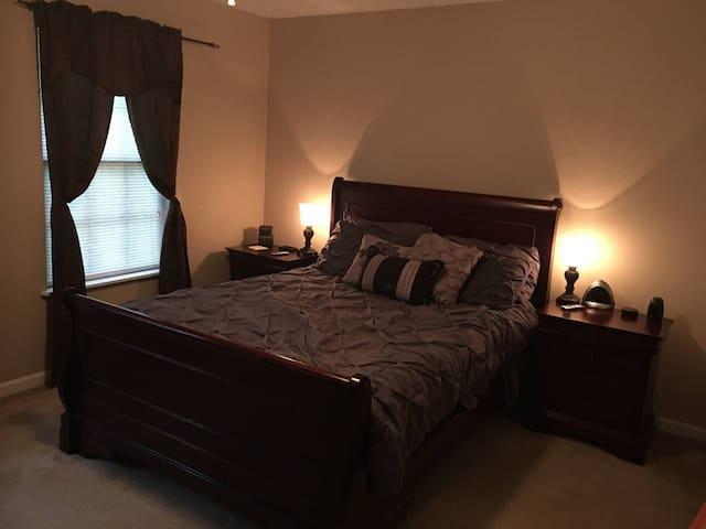 Private Bedroom with En Suite Bathroom
