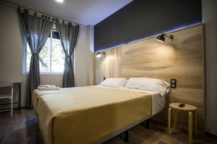 CC Atocha - Doble Superior. Dos camas 90 cm