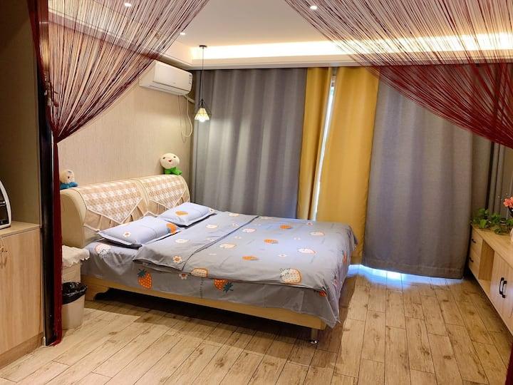 浪漫大床房 可做饭(一)