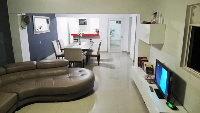 Habitación con 2camas Individuales en Casa Otinapa