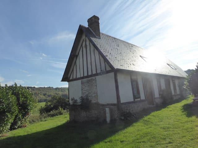 In der Normandie Haus, auf dem Land und auf den Wa