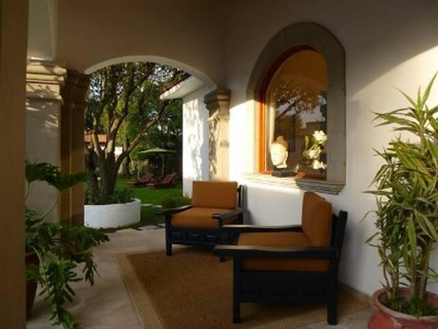 Garden Apartment- Private Terrace - lomas Hipodromo - Daire