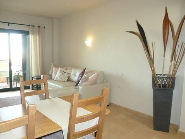 HL009 Luxury apartment on HDA Golf Resort, Murcia