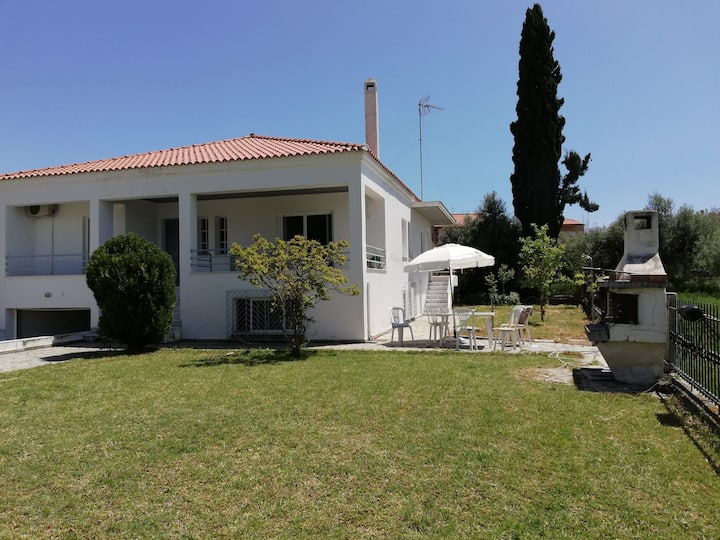 Summer rental house. 500 meters from the beach.