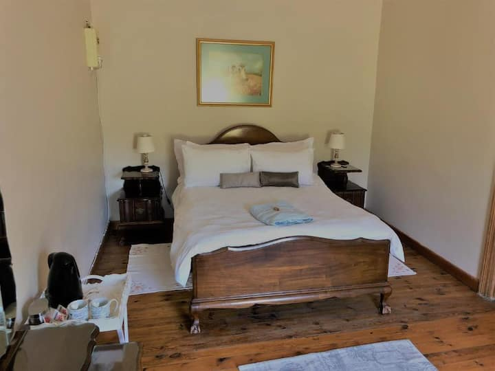 Pinotage Farmhouse Room 3