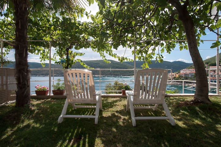 Excelent small apartment by the sea - Rabac - Leilighet