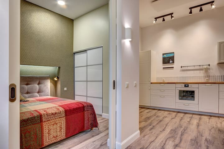 WOW! Brand New Central Apt near Vingis park