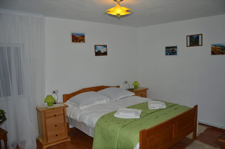Double Room - Corbeni - Apartment