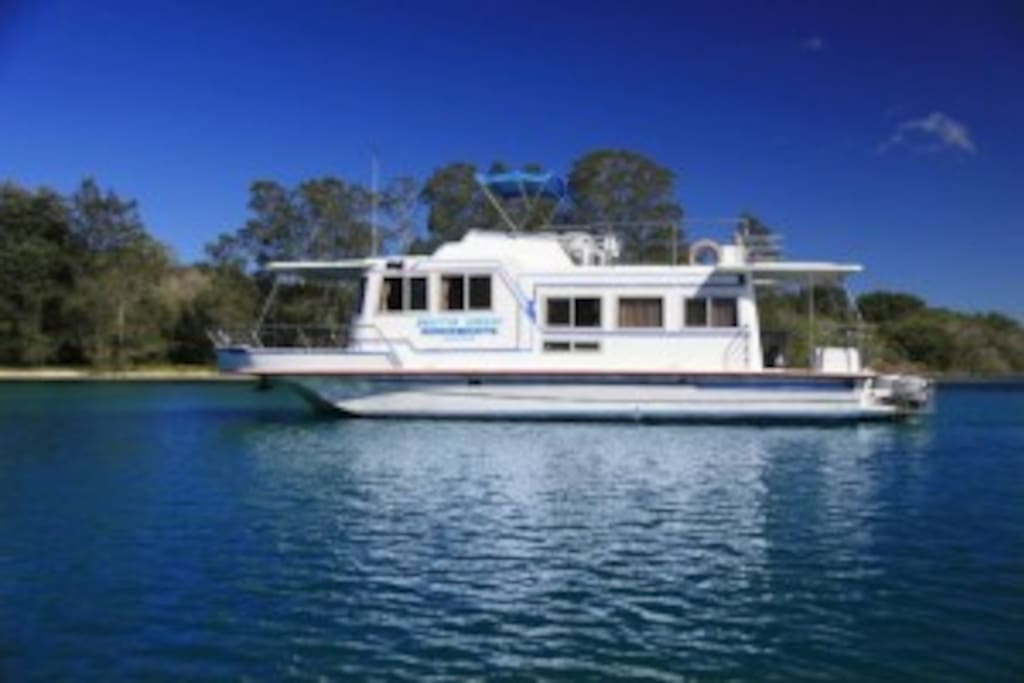 45 Foot Houseboat
