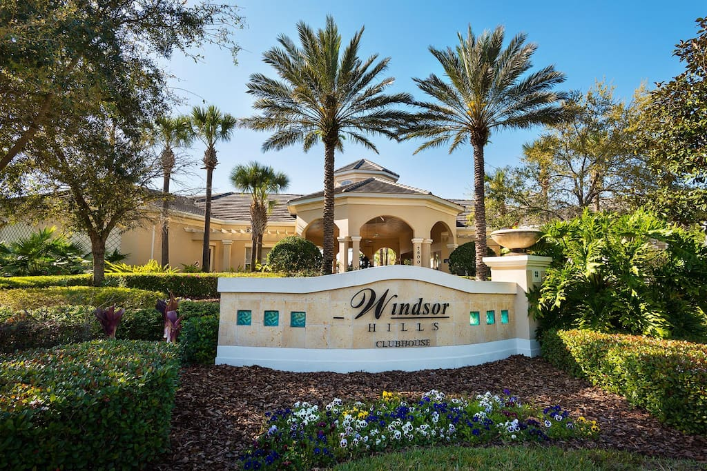 Luxury Gated Community Minutes to Disney Parks
