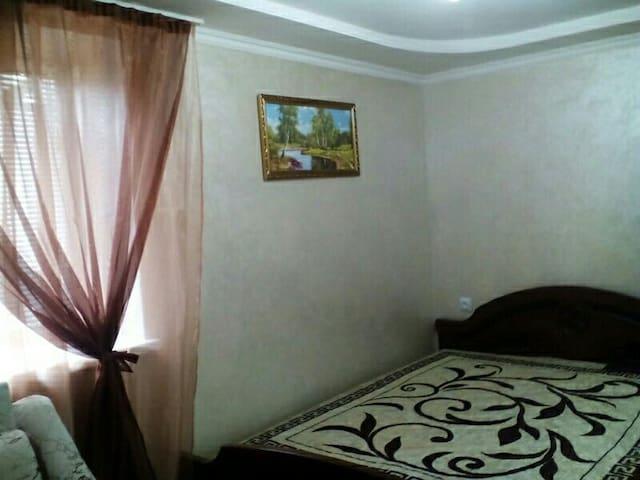 Прекрасное жилье - Kislovodsk - House