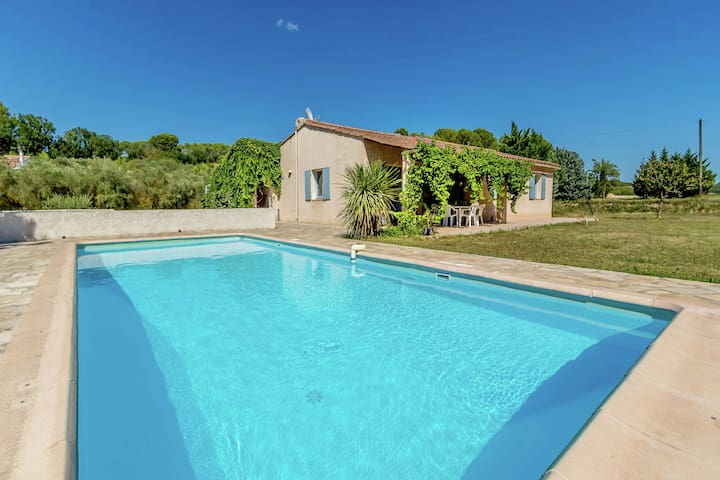 Lovely holiday home in the countryside of France nearby the village Saint Antonin