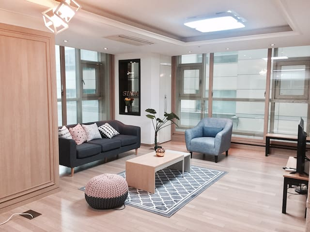 3rooms, 2bath, 1min from subway[84m2]