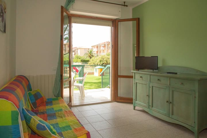 Le Villette- Two bedroom Apartment A ground floor - Follonica - Departamento