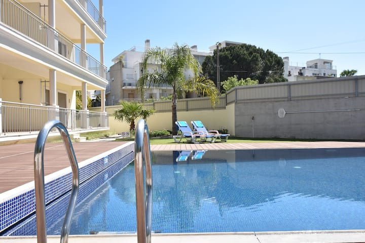 Luxury apartment in Olhos de Àgua 500 m from beach