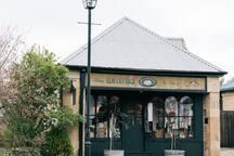 Beautiful stores situated along High Street, Oatlands Tasmania.
