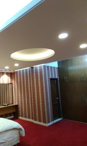 Room close to Dhaka Airport