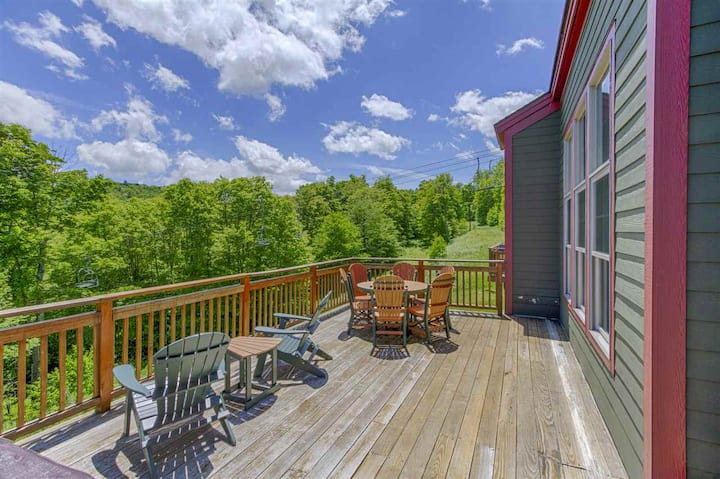Trailside Townhouse, Ski in/out/Mountain Views