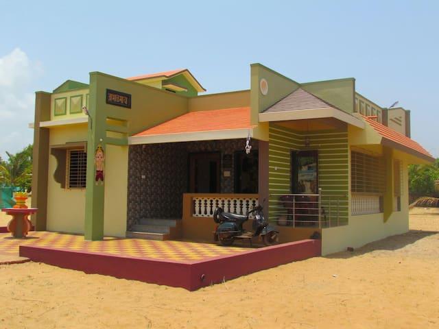 Mithbav, Devgad, Sindhudrug - Devgad - Haus