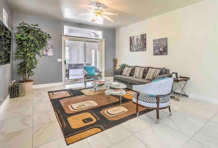 CLEAN Comfy 3bd Single Story near Strip & Airport