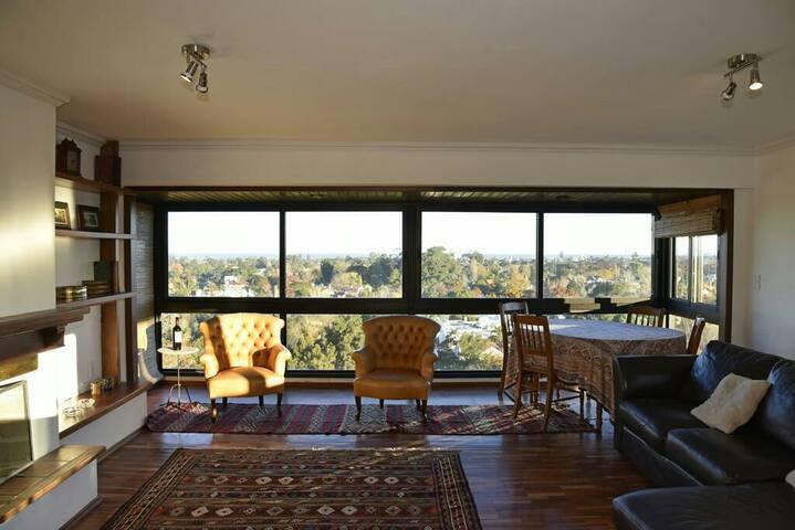 Apartamento con vista única en Carrasco