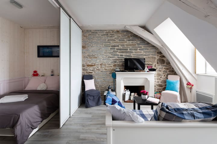 Renovated flat-walled city, seaview