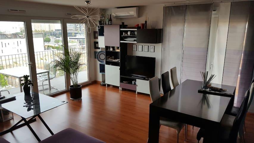 Habitación y desayuno. - Valencia - Bed & Breakfast