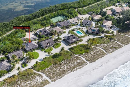 SOUTH SEAS BEACH HOME 22! BEAUTIFULLY UPDATED BEACH HOME ON CAPTIVA, JUST STEPS TO THE GULF!