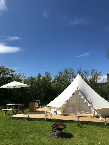 Eviedale Glamping Bell Tent Sleeps 4