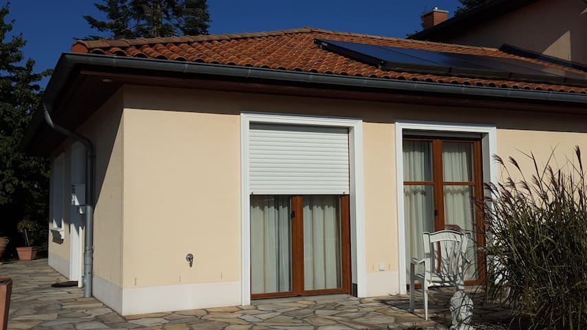 Wohnung mit Terrasse und eigenem Eing nahe Hamburg - Schwarzenbek - Квартира