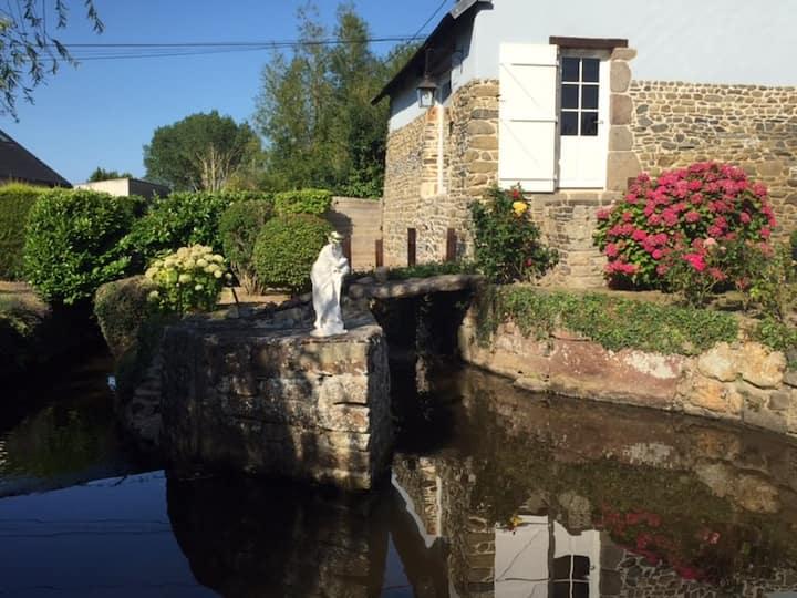 Escapade dans un Moulin à Eau proche Granville