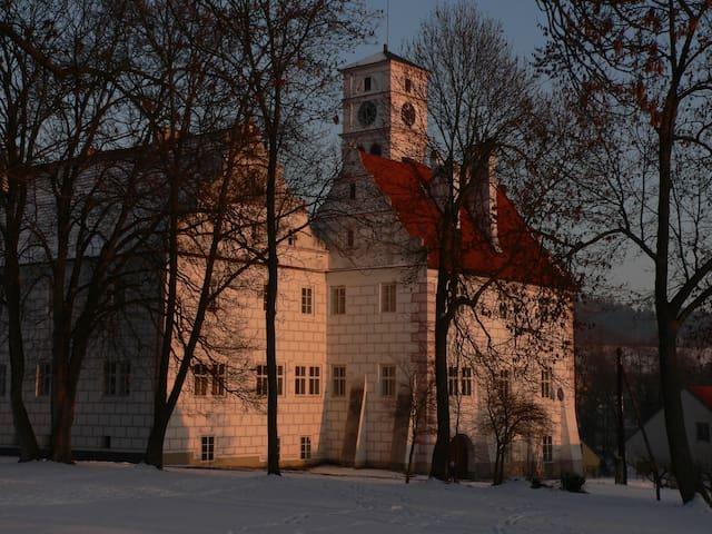 Renesanční budova Zámku u řeky Otavy - Hořovice - Wohnung