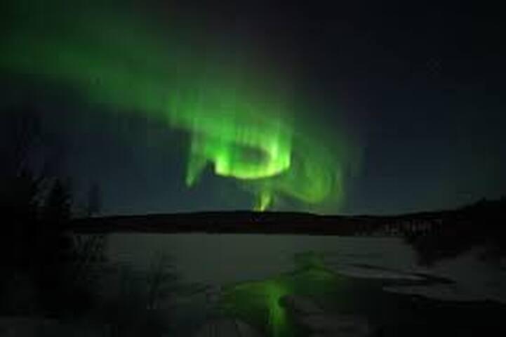 20 min walk to centrum, ideal for Northern lights - Tromsø - House
