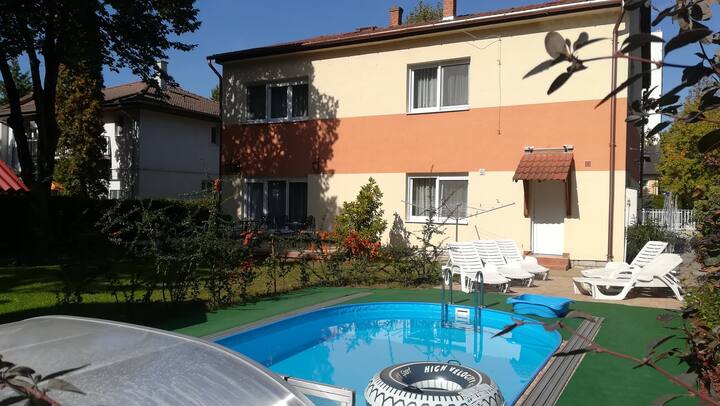 House for 12 persons with pool in Siófok R75834