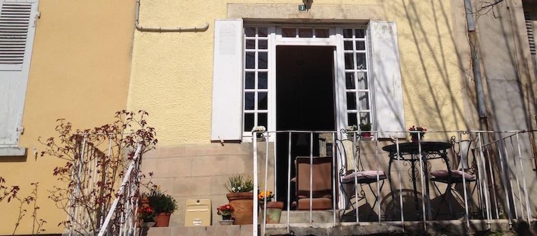 Traditional auvergne 'maison de bourg' (townhouse)